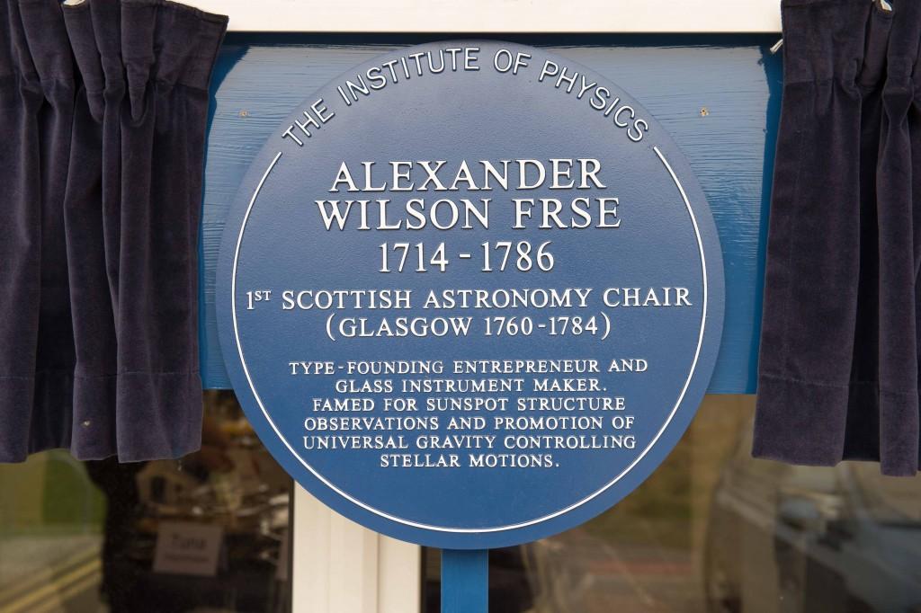 17 - 083 Alexander Wilson Blue Plaque 007